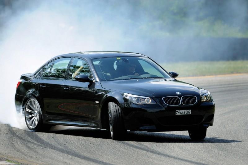 BMW M5 (E60): ///Mmmm V10